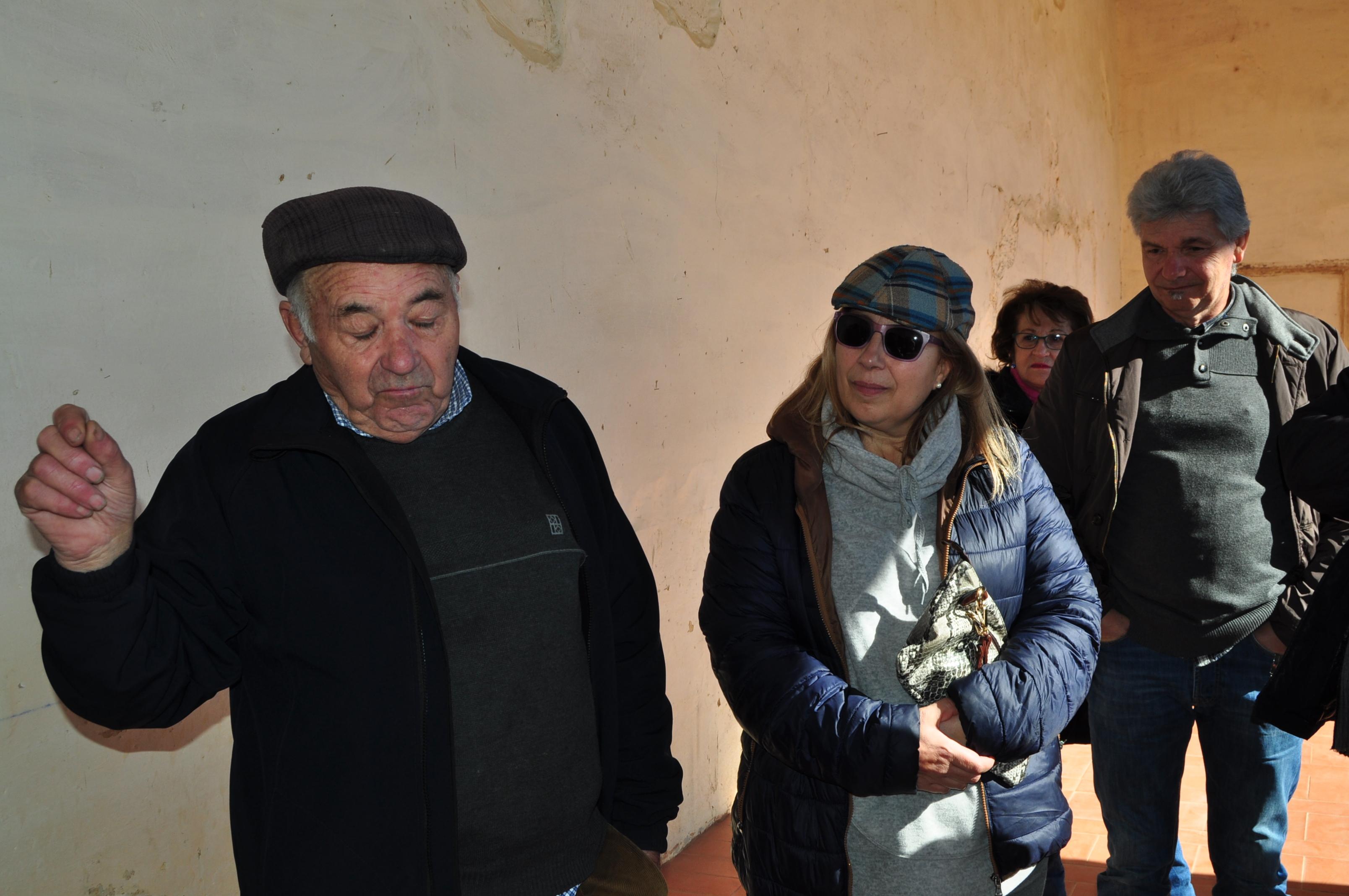 atendidos por el alcalde Francisco Espinosa, Socio de Honor de Promonumenta, que hizo de inmejorable cicerone