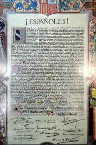 Manifiesto de constitución de la II República, firmado por Azaña, Indalecio Prieto, etc.