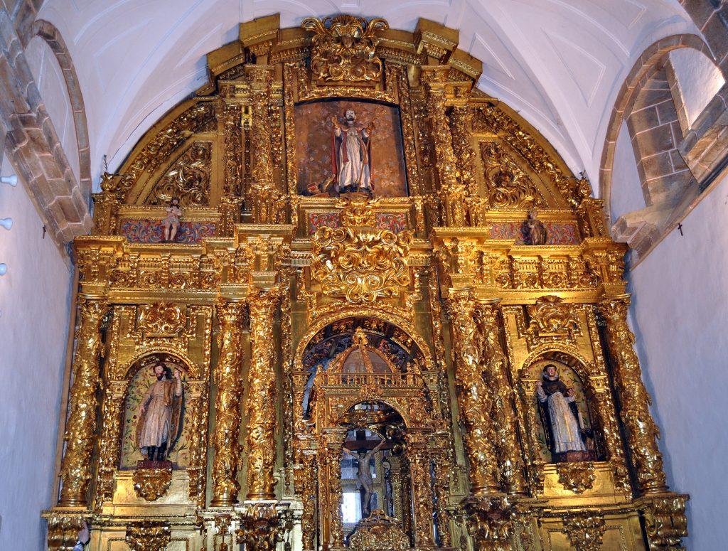 Retablo central barroco del santuario de la Virgen de la Velilla.