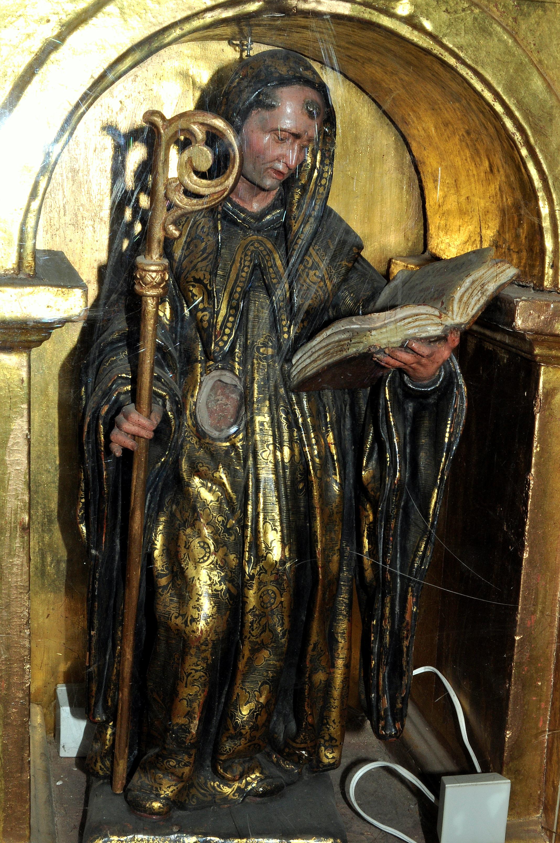San Benito (s. XVII) del escultor berciano Tomás de Sierra. Pertenece a la gran colección de este autor conservada en el Museo Jesuitas de Villagarcía de Campos