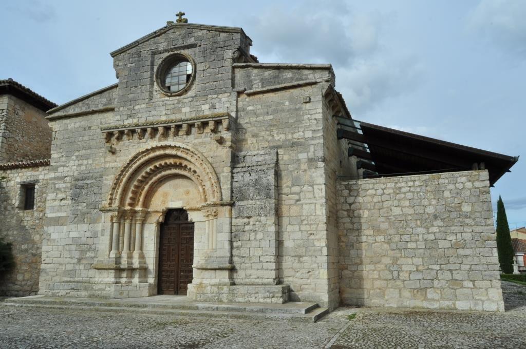 Iglesia de Wamba. Fachada románica de poniente