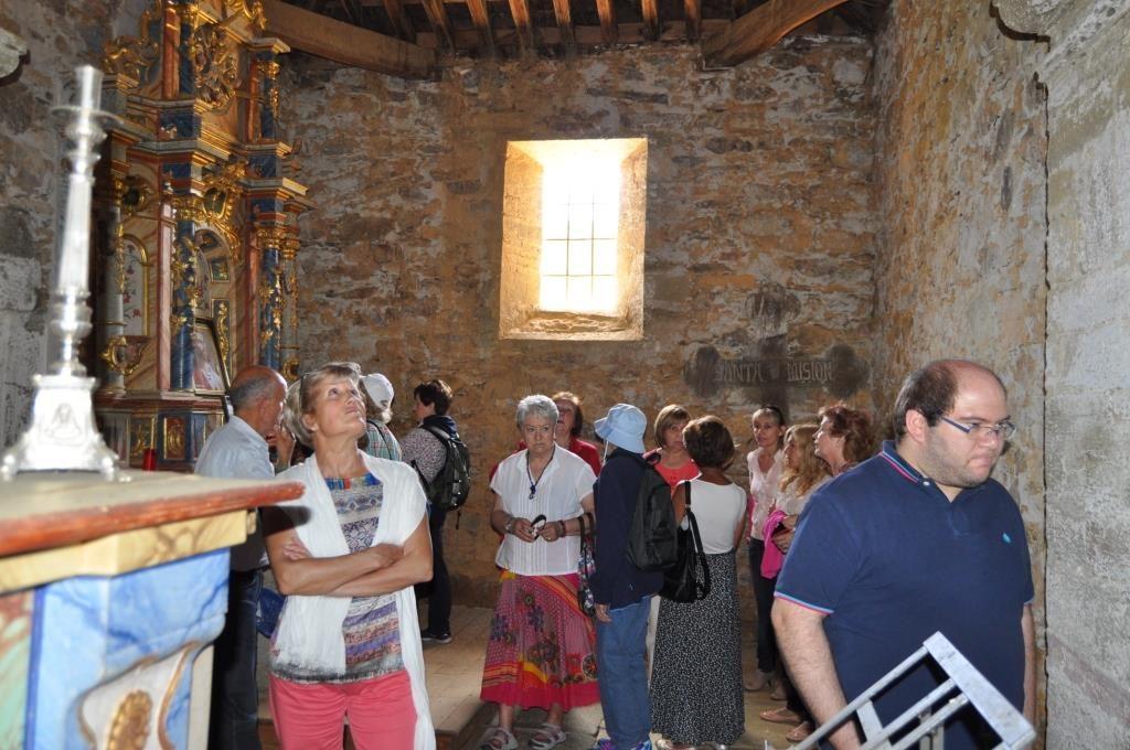 En la iglesia de Villar del Monte