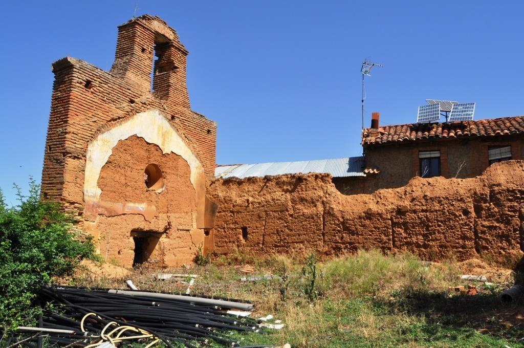 Solo ruinas.