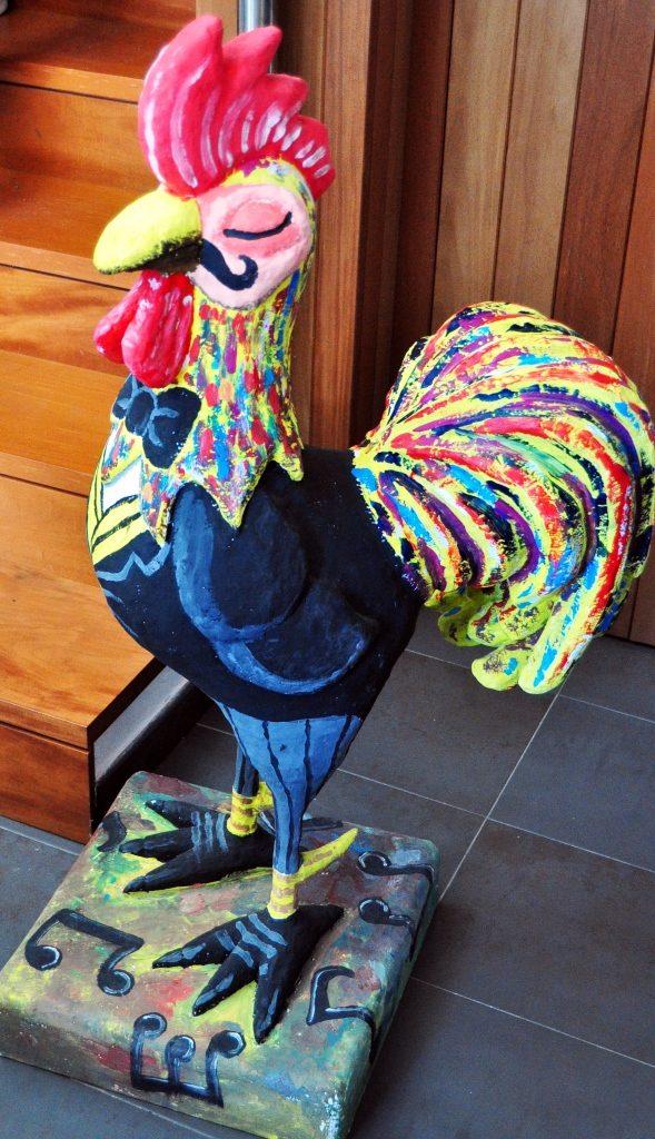 El recepcionista del Museo del Gallo de Pluma. (DGL)