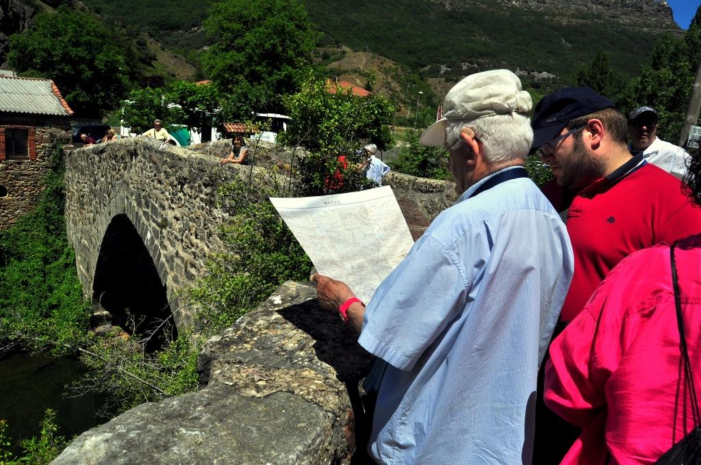 Puente medieval de Valdepiélago
