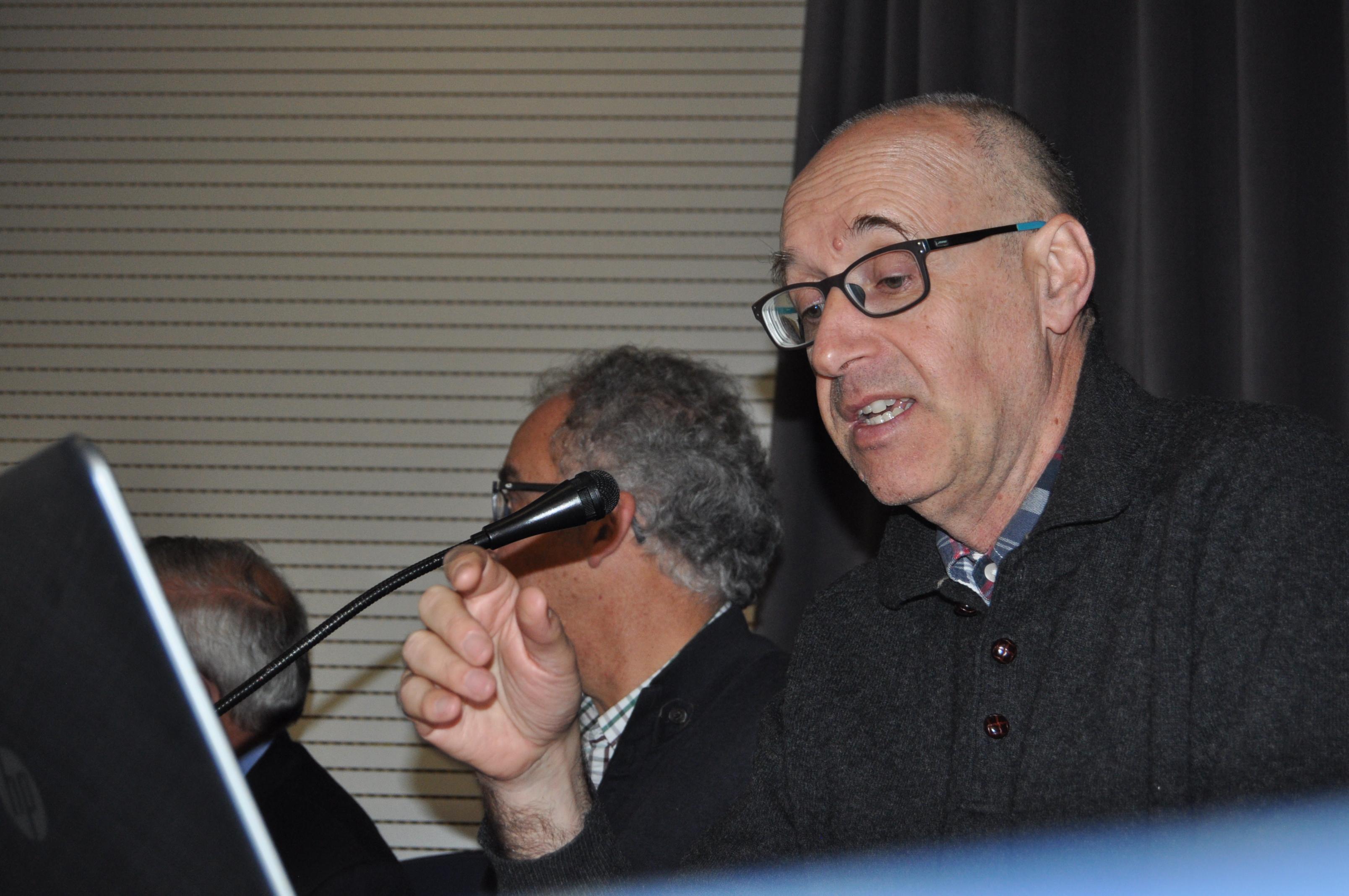 D. Eloy Algorri relató la difícil restauración de San Pedro de Montes y la vital intervencion de Promonumenta.