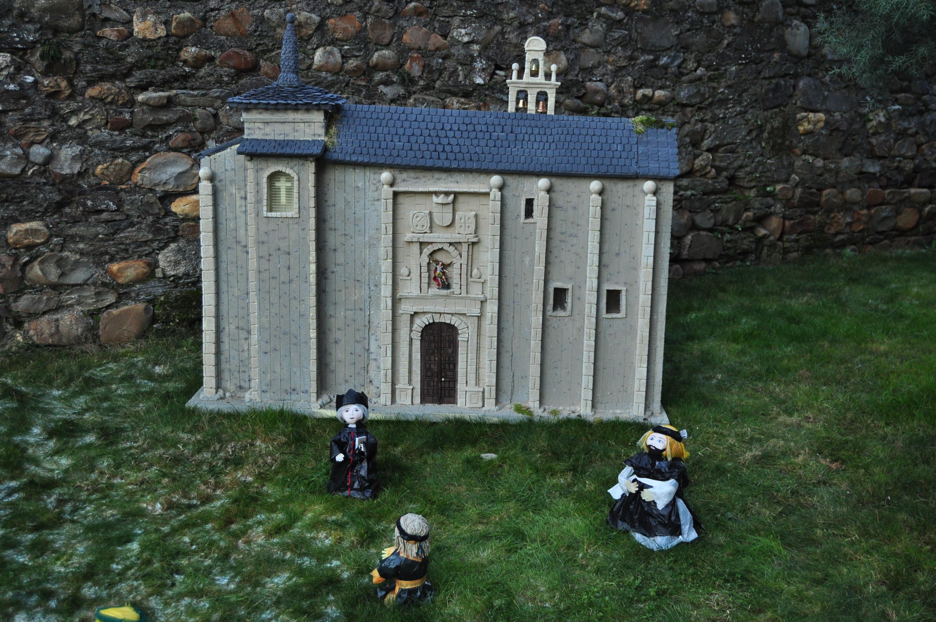 Nacimiento de San Miguel de las Dueñas.  Maqueta de la iglesia del monasterio.