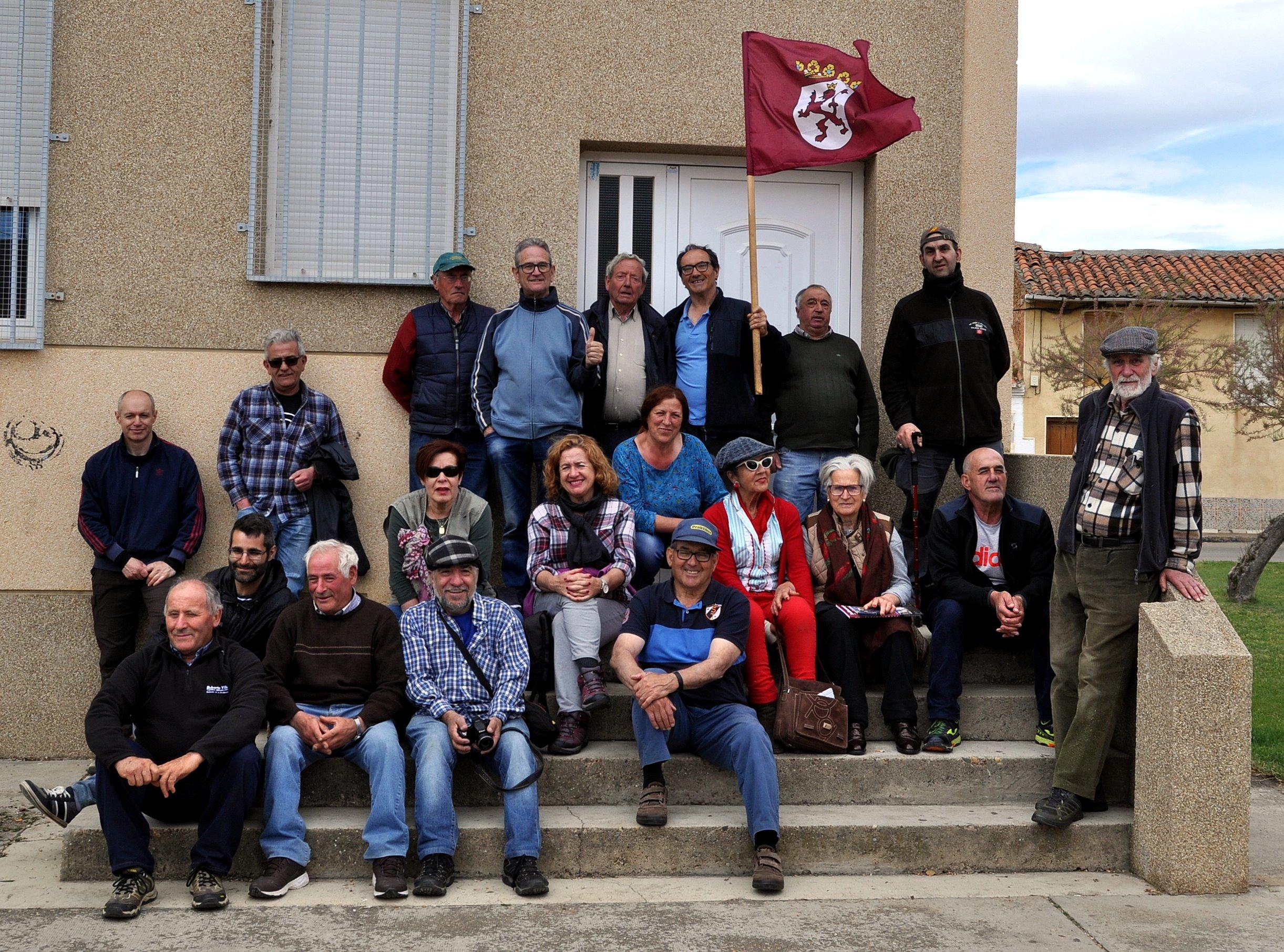 Grupo de Promonumenta y de el Embrujo de la Valduerna.