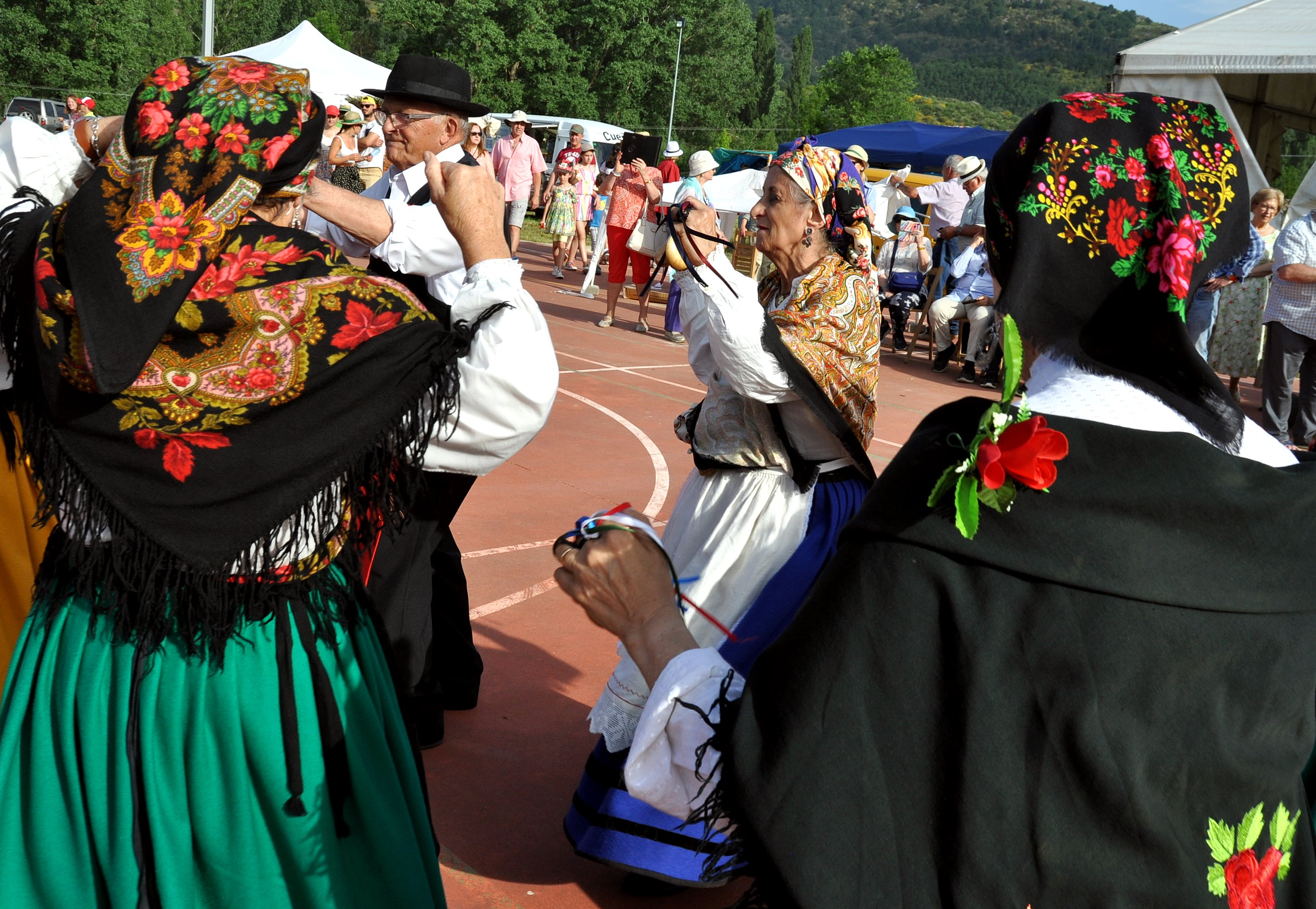 """Al final de la fiesta, """"Baile de la Rosca""""."""