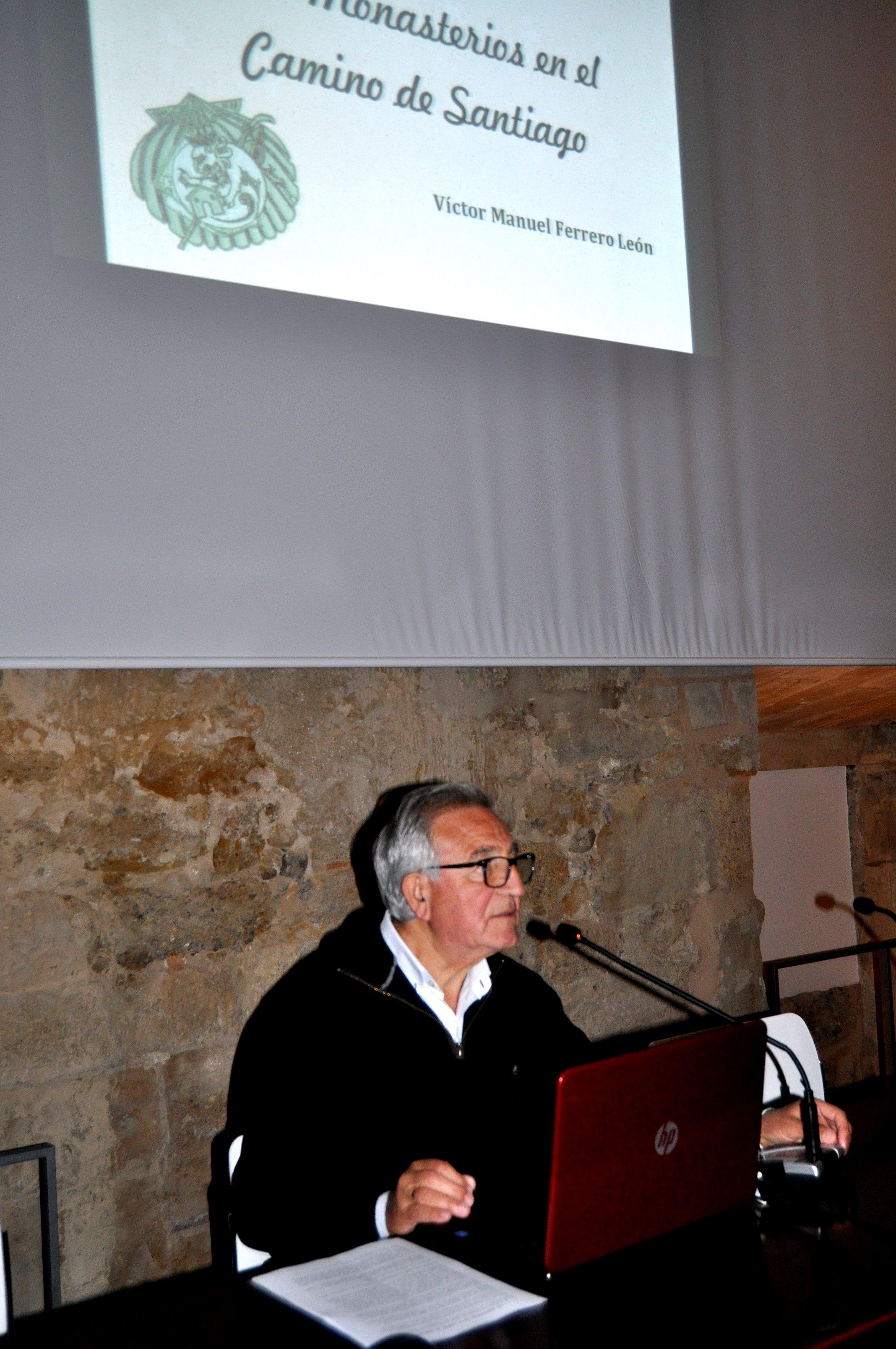 Víctor Ferrero en un momento de su conferencia.