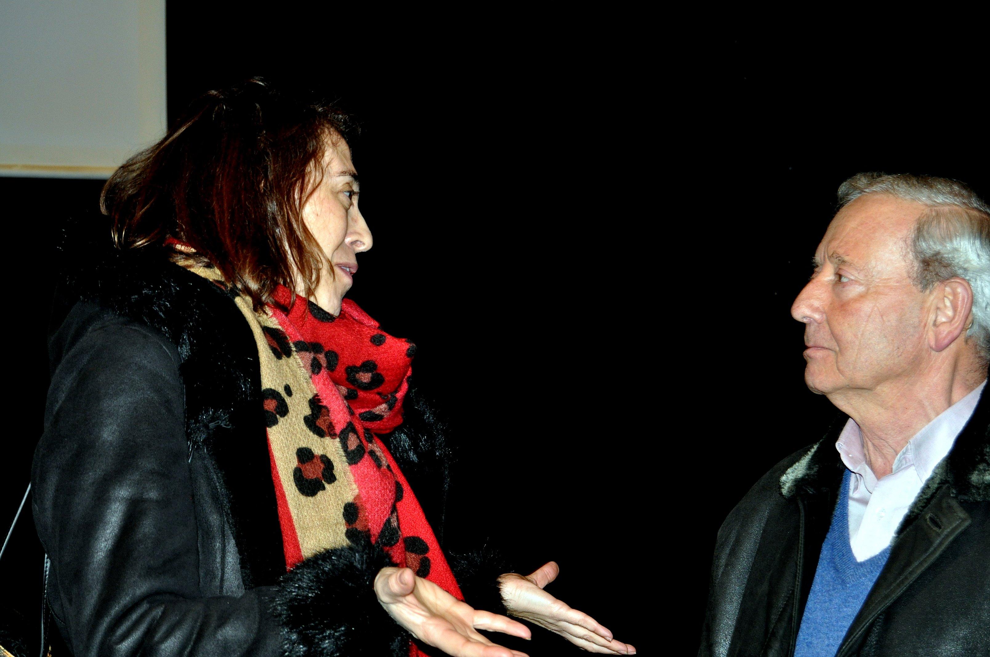 La profesora Irune Fiz con el presidente de Promonumentas. Marcelino Fernández.