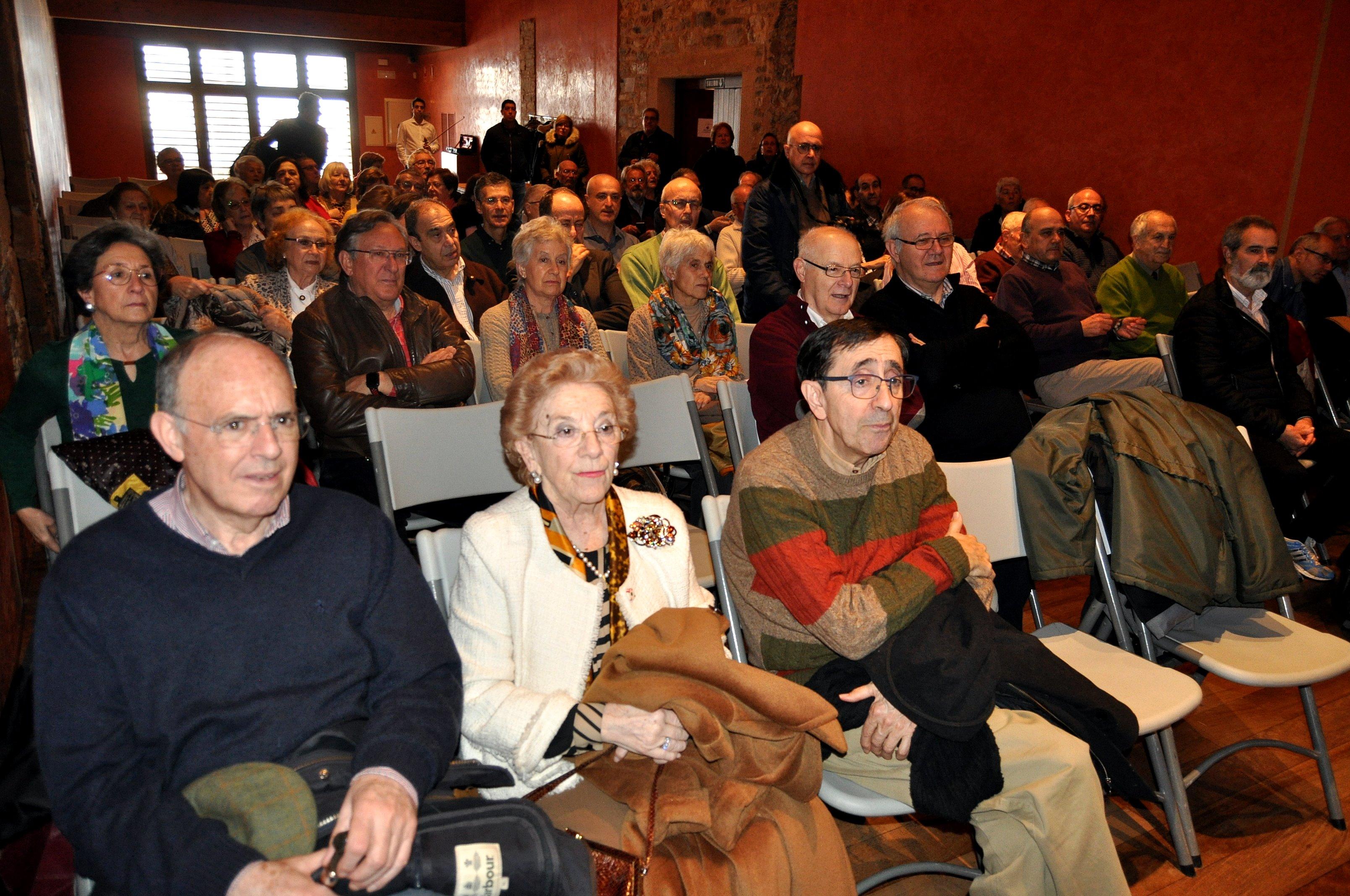 El salón estuvo lleno.